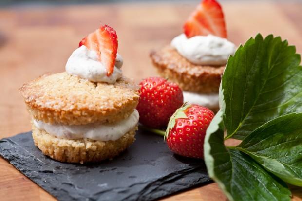 doppeldecker-erdbeercupcake